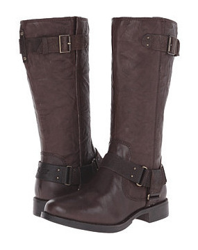 UGG 女士靴子 #Lodge Leather