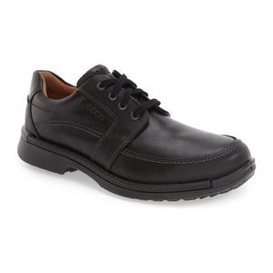 爱步 男士皮鞋 #Black Leather