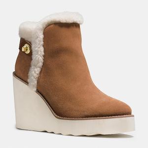 蔻驰(Coach) 女士真皮短筒靴 #SADDLE/NATURAL