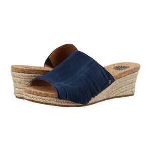 UGG 女士休闲凉鞋 #Marino
