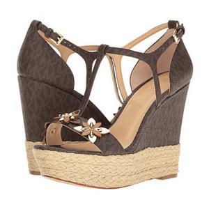 MICHAEL Michael Kors 女士休闲凉鞋 #Brown Mini MK Logo PVC