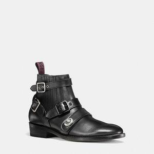 蔻驰(Coach) 女士短筒靴 #BLACK