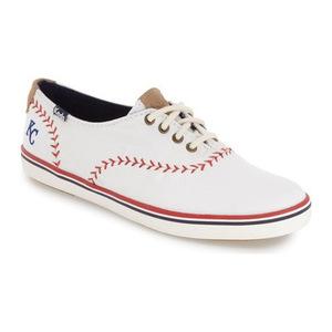 Keds® 女士帆布鞋 #Royals