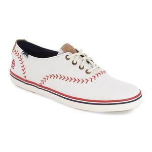 Keds® 女士帆布鞋 #Cardinals