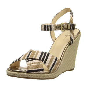 可汗(Cole Haan) Women's Hart Wedge Sandal #Black Stripe Raffia