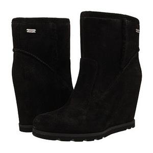 UGG 女士靴子 #Black Suede