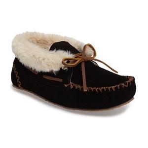 迷你唐卡(Minnetonka) Chrissy 拖鞋 Bootie 女士 #黑色 #Black