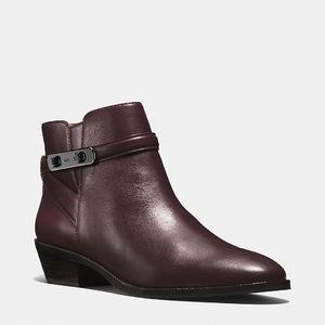 蔻驰(Coach) 女士真皮短筒靴 #WARM OXBLOOD