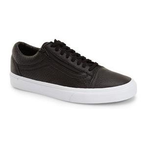 万斯(Vans) Old Skool 运动鞋男士 #黑色 Perforated 真皮 #Black Perforated Leather