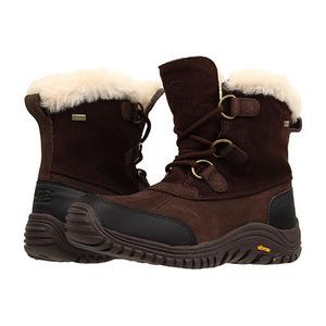 UGG 女士靴子 #Stout Leather