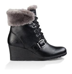 UGG 女士靴子 #BLACK