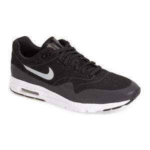 耐克(NIKE) Air Max 1  Ultra Moire 运动鞋女士 #黑色银白 #Black/ Silver/ White