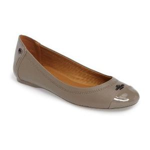 蔻驰(Coach) 女士芭蕾平底鞋 #Fog Leather