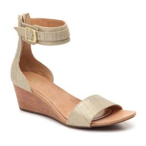 UGG 女士坡跟凉鞋 #Gold