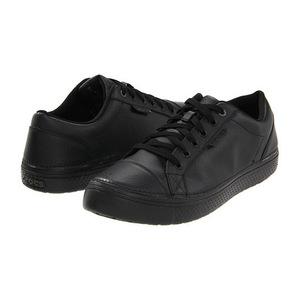 卡洛驰(Crocs) 女士运动鞋 #Black/Black