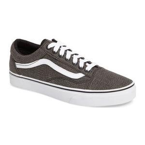 万斯(Vans) Old Skool 运动鞋男士 #黑色 True 白色面料 #Black/ True White Fabric