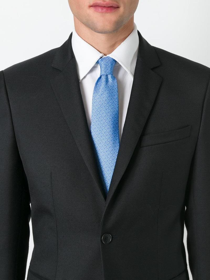 西服和领带素材