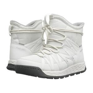 新百伦 女士靴子 #White/Grey