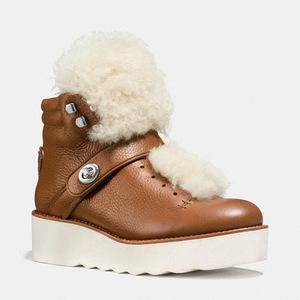蔻驰(Coach) 女士短筒靴 #SADDLE/NATURAL